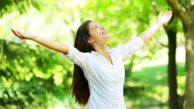 happy-young-woman-eyes-closed1